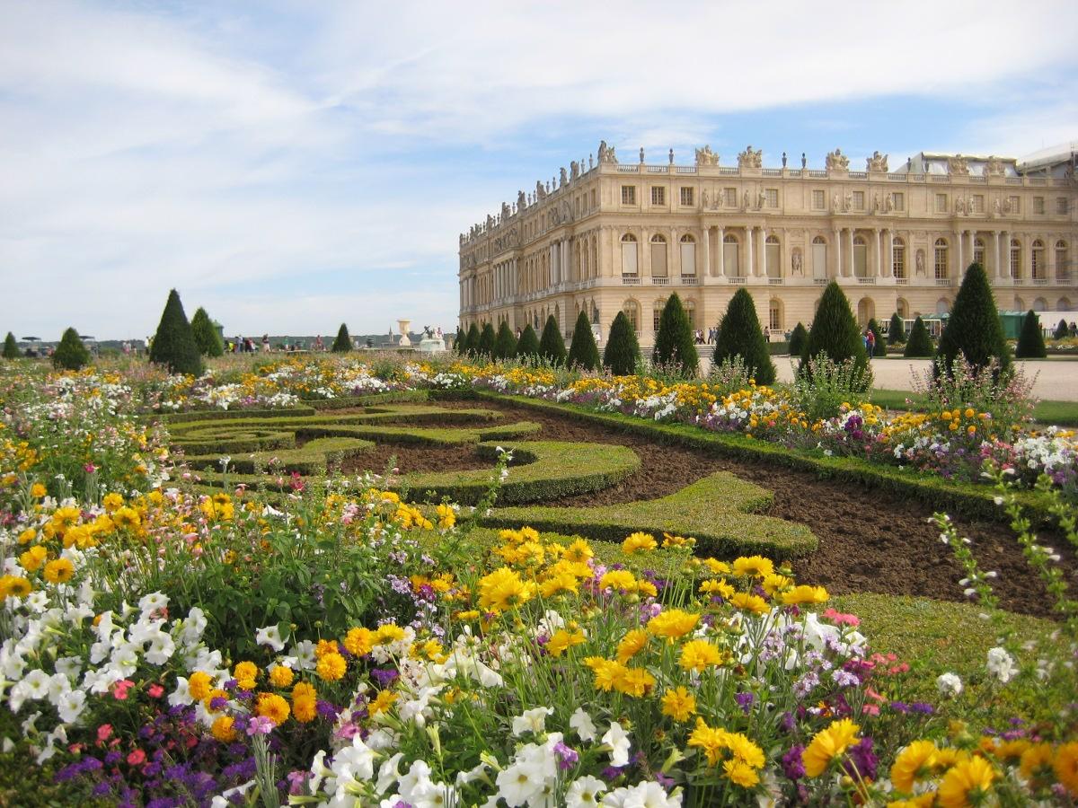выбрать парки версаля фото камин можно