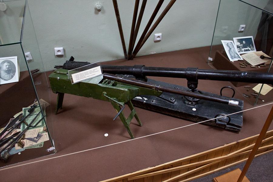 """Пулемет-трещетка, использовался партизанами в качестве """"психического оружия""""."""