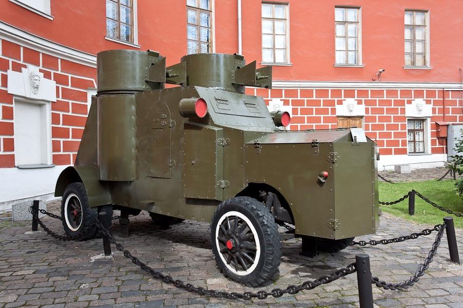 """Бронеавтомобиль на базе """"Фиат"""" образца 1915г."""