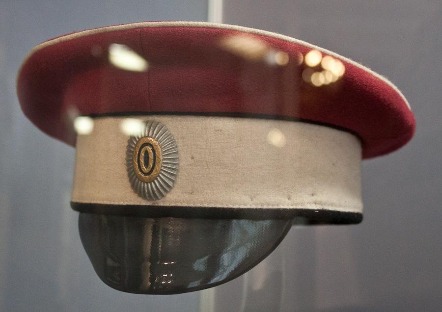Фуражка подпоручика 2-го Стрелкового офицерского генерала Дроздовского полка Добровольческой армии.