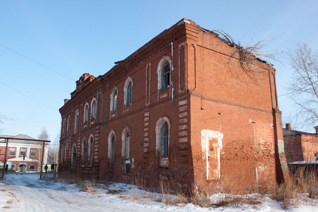 Разрушенная синагога Мариинска.